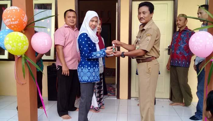 Kades Resmikan Gedung KB RA Kartini