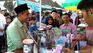 Gus Yasin Berburu Kuliner di Kampung Ramadhan
