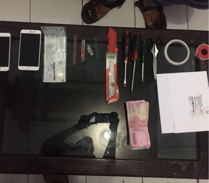 Kuras Tabungan Nasabah Rp120 Juta, Komplotan Pengganjal ATM Diringkus