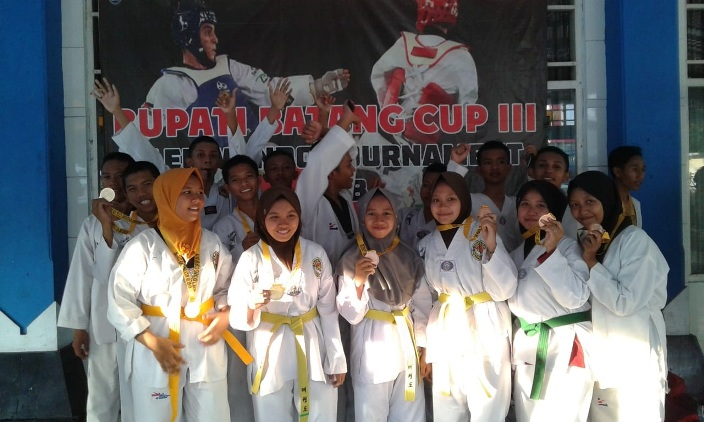 Wow, Taekwondo SMK Neswara Borong 14 Medali