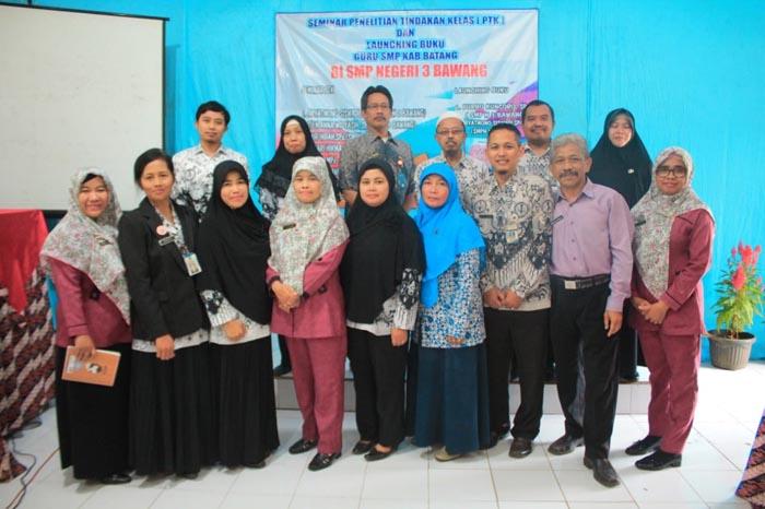 Tingkatkan Profesionalitas, Guru SMP Lauching Buku dan Seminar Penelitian